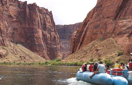 grand canyon river rafting